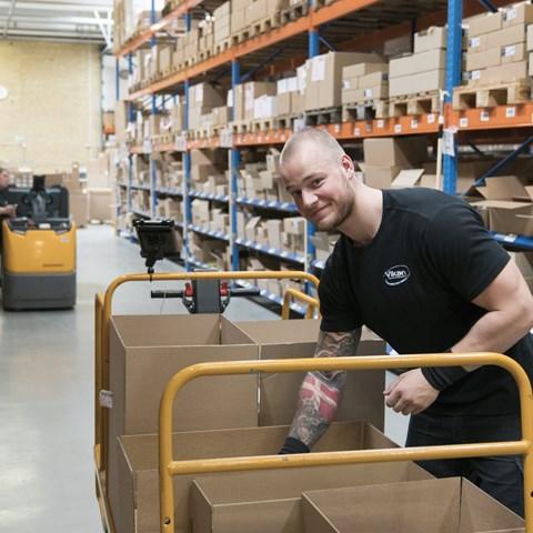 Vikan employee from warehouse